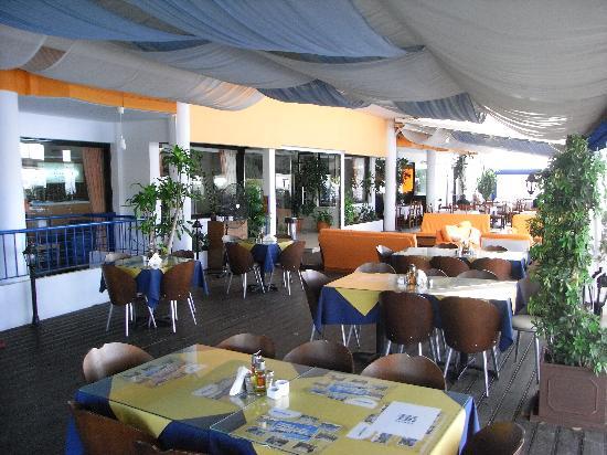 Mariandy Hotel : The restaurant area.