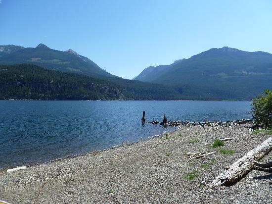 Wing Creek Resort: Kootany Lake