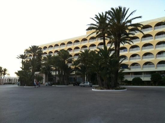 One Resort Monastir : l'hôtel vue de face