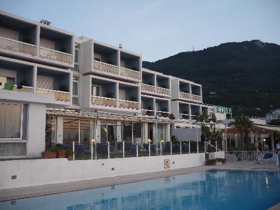 ELMA Park Hotel Terme e Benessere : hotel elma al tramonto