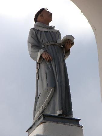 Los Frailes : Pieza original del antiguo monasterio