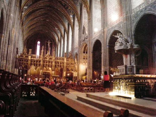 Cathedrale Sainte-Cecile: Inside view 3