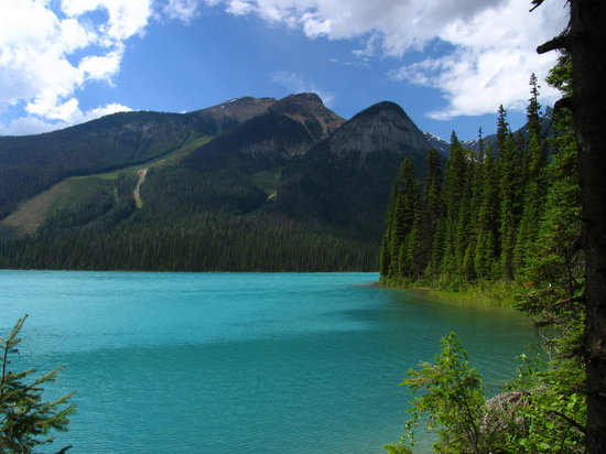 Yoho National Park, Canada: Emerald lake - View 5