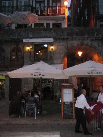 A Canastra da Ribeira restaurant, Porto1