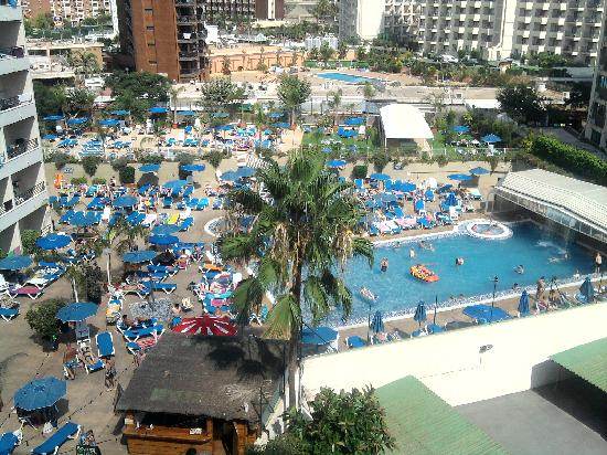 Presidente Hotel: Hotel pool & extra sunbathing level