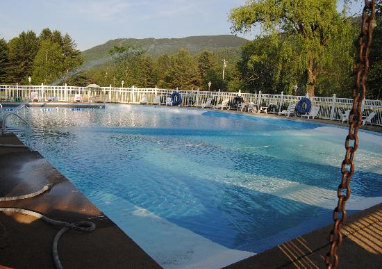 Bartlett, NH: Our pool is 100 feet long and 50 feet wide.