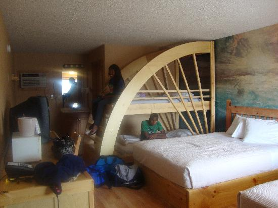 Mt. Olympus Resort : Bunk beds at Posedions village