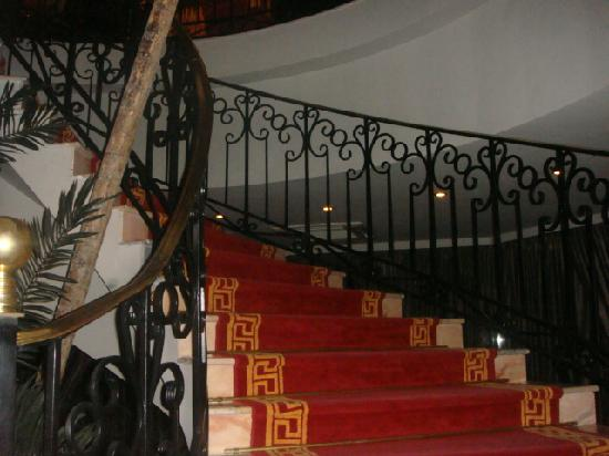 The Russelior Hotel & Spa: Stairs to the Shisha Bar