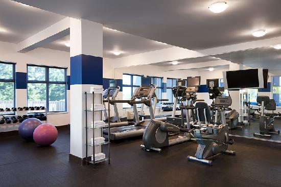 Four Points by Sheraton Victoria Gateway: Fitness Centre