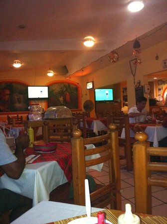 Juanitos Restaurant and Cybercafe