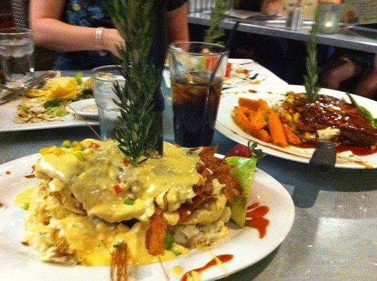 Hash House a Go Go M Resort: Ribs on the right, chicken biscuit with Hollandaise on the left