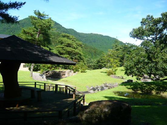 Arden Hotel Aso: 庭園
