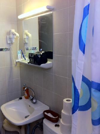 Lymberia Hotel: bagno