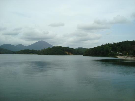 Neyyar Wild Life Sanctuary: Beautiful Scenery