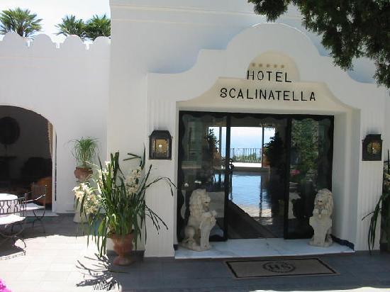 La Scalinatella: Entrée de l'Hôtel