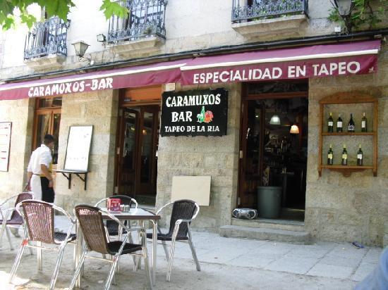 Caramuxos Bar : fachada bar