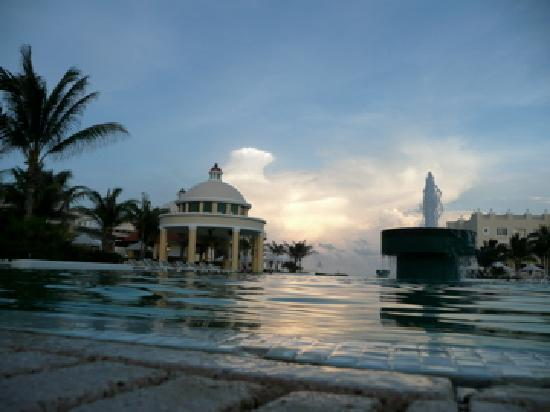Iberostar Grand Hotel Paraiso: pool
