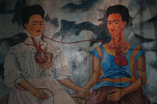 Fridas Mexican Restaurant & Bar: Il grande dipinto all'interno del locale