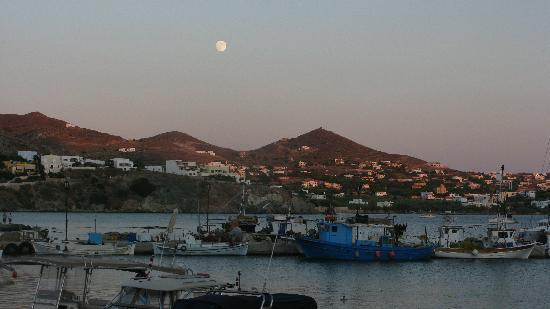Cyclades Hotel: Soleil couchant sur Siros