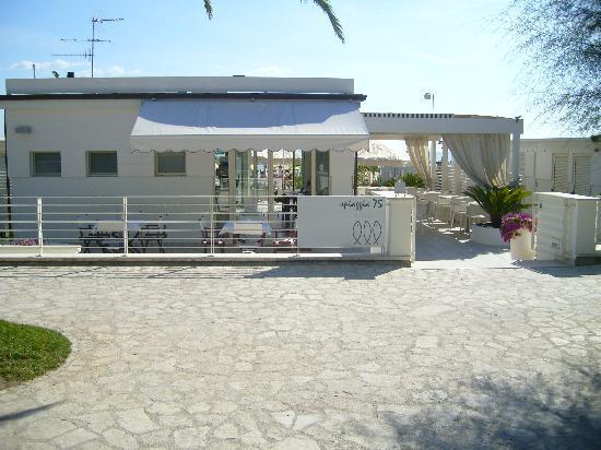 Hotel Bernard: spiaggia 75