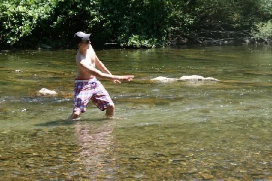 Isis en Cevennes : The river at the camping site. At night a great place for teenagers to chill together.