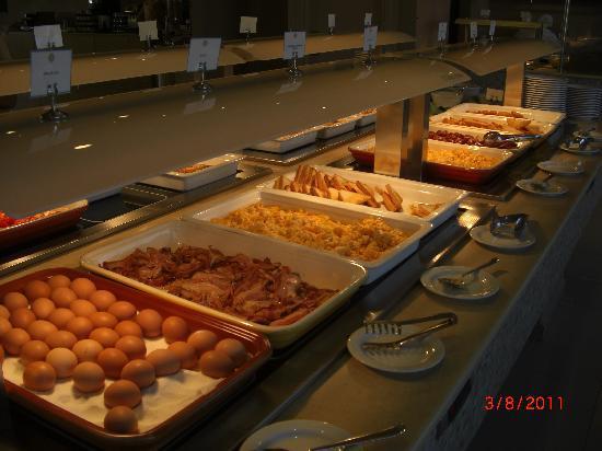 Mythos Beach Resort: Restauranten hadde et stort utvalg av retter, noe for enhver smak