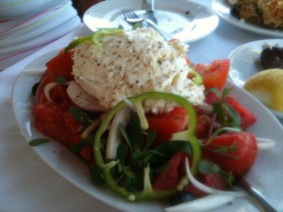 LEVENTIS: cretan salad