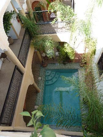 Riad Itrane : zwembad