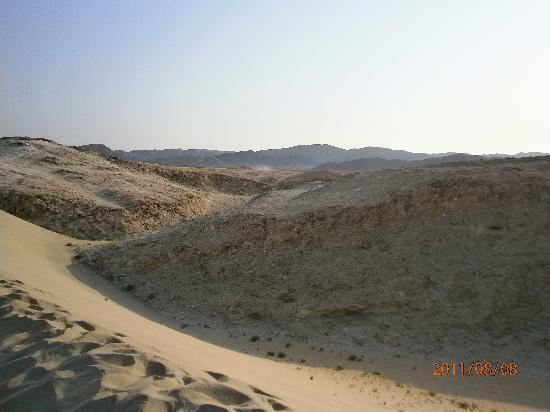 LABRANDA Gemma Premium Resort: deserto durante la motorata