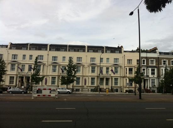 Premier Inn London Kensington (Olympia) Hotel: The hotel from across the road