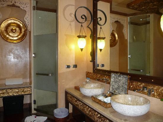 The Baray Villa : Bathroom Baray Villa