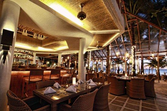 Al Fresco Bar and Restaurant: The restaurant