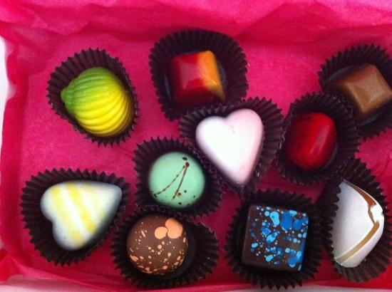 Le Macaron: a wide variety of fine chocolates