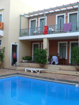 Vecchio Hotel Apartments