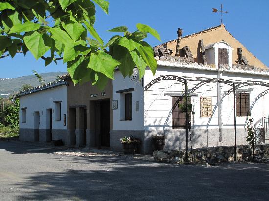 Alqueria de Morayma: La bodega et deux chambres