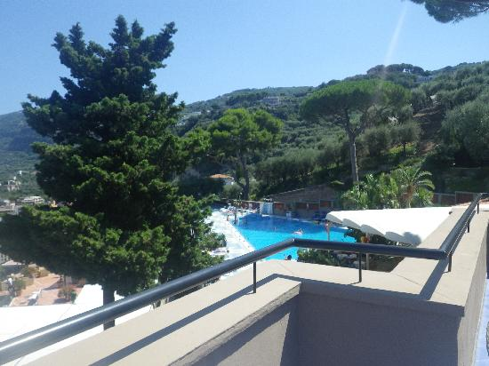 Hotel Bristol: The Balcony with pool view..