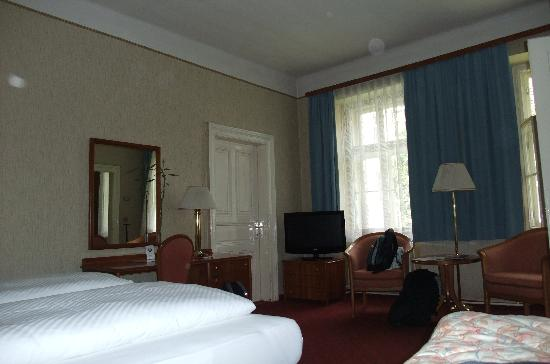 Pension Kraml: Triple room converted into a double