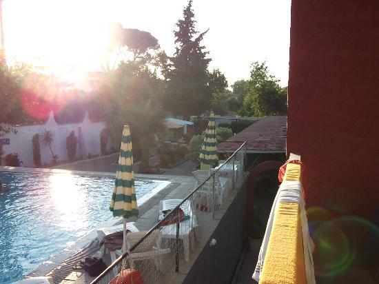 Lisa Hotel: Pool, balcony view
