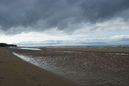 Saint-Laurent-sur-Mer, France : l'immense plage