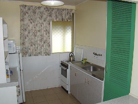 Kaiviti Motel: Kitchen