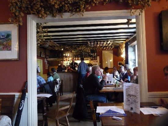 The Ship Inn: RESTAURANT / BAR