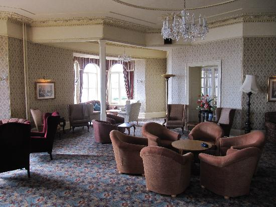 The Redcliffe Hotel: lounge