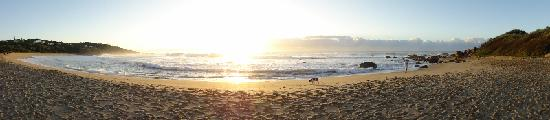 Glenmore Beach, Sudáfrica: munster beach part 2 panoramic morning sunrise shot - beautiful peaceful awesome