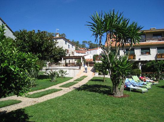 Apartamentos Ababides: jardin