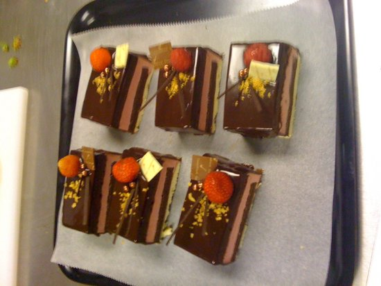 Cocoa Black Chocolate & Pastry School: and some more...