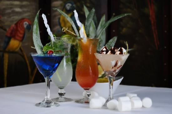 Caribbean Pearl Restaurant and Bar: Specialty drinks