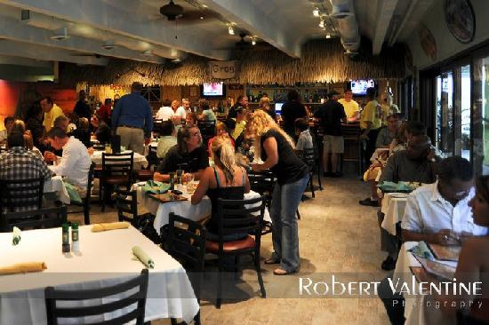 Caribbean Pearl Restaurant and Bar: Good Night Good Food Great Time