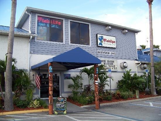 Fishlips Waterfront Bar & Grill: Fishlips