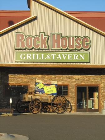 Rock House Grille and Tavern