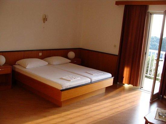 Paradis Apartments